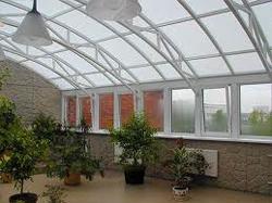 ...профильные системы и стекло, мы смогли сделать создание зимних садов по-настоящему творческим.